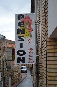 Letrero cartel de la Pension